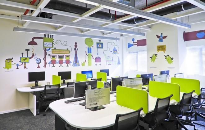 Làm việc ở một nơi tập thể nhưng không quên đảm bảo quyền riêng tư cho mỗi thành viên trong văn phòng.