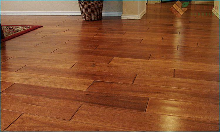 Sàn gỗ tự nhiên mang đến sự sang trọng, quý phái cho không gian lắp đặt
