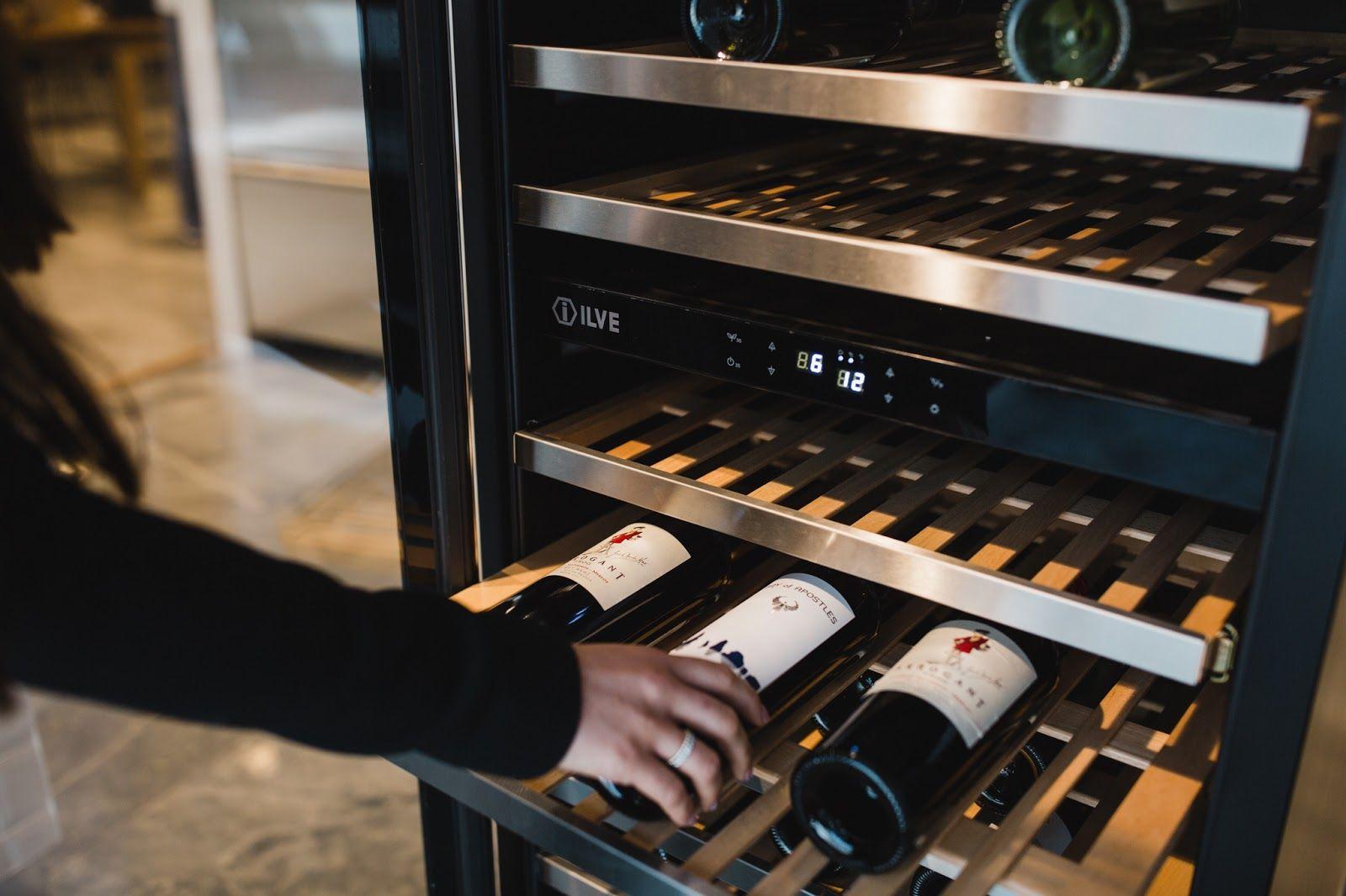 Địa chỉ mua tủ ướp lạnh rượu vang uy tín