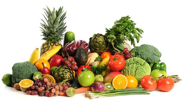 Khuyến khích trẻ ăn rau củ quả xanh bổ sung đầy đủ chất dinh dưỡng thiết yếu