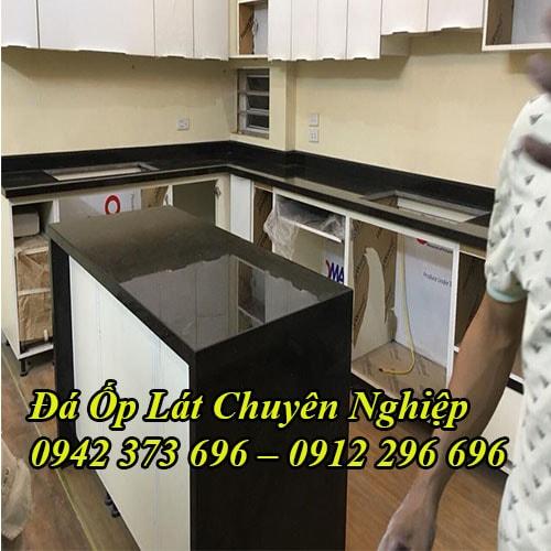 Đá bàn bếp kim sa
