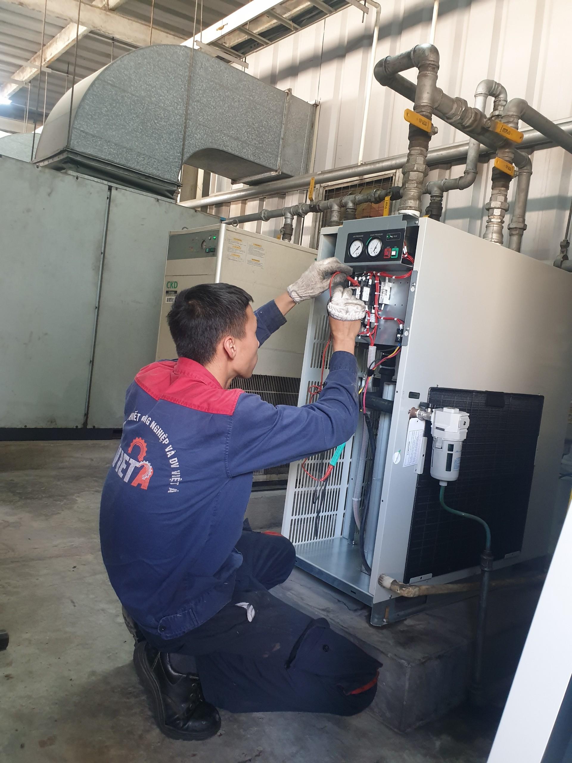 máy sấy khí Nhật Bản