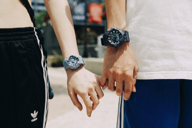 Bạn hãy lựa chọn đồng hồ đôi phù hợpđiều kiện kinh tế của bản thân