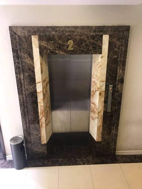 Đá ốp thang máy Marble  Nâu Tây Ban Nha