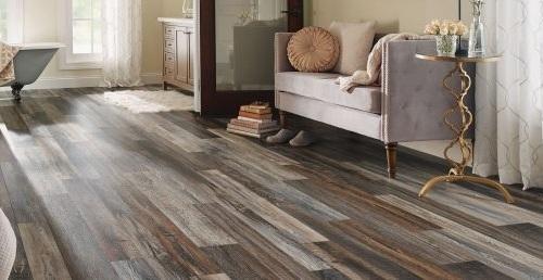 Giá của sàn gỗ công nghiệp Đức phù hợp với khách hàng trung và thượng lưu.