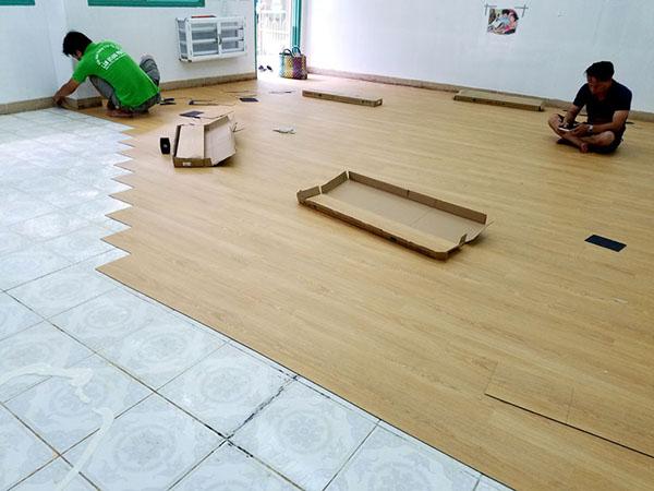 Ưu điểm nổi bật của sàn nhựa vân gỗ