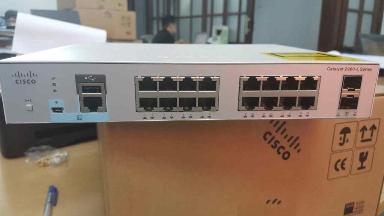 Thiết bị chuyển mạchSwitch Cisco Catalyst