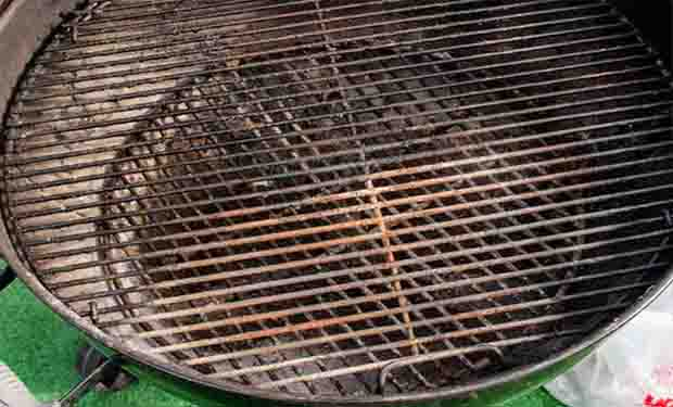 Is it possible for a charcoal grill to rust