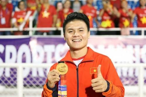 Tin tức bóng đá mới nhất: Năm 2019 cầu thủ Quang Hải lọt top 20 cầu thủ hay nhất của Châu Á