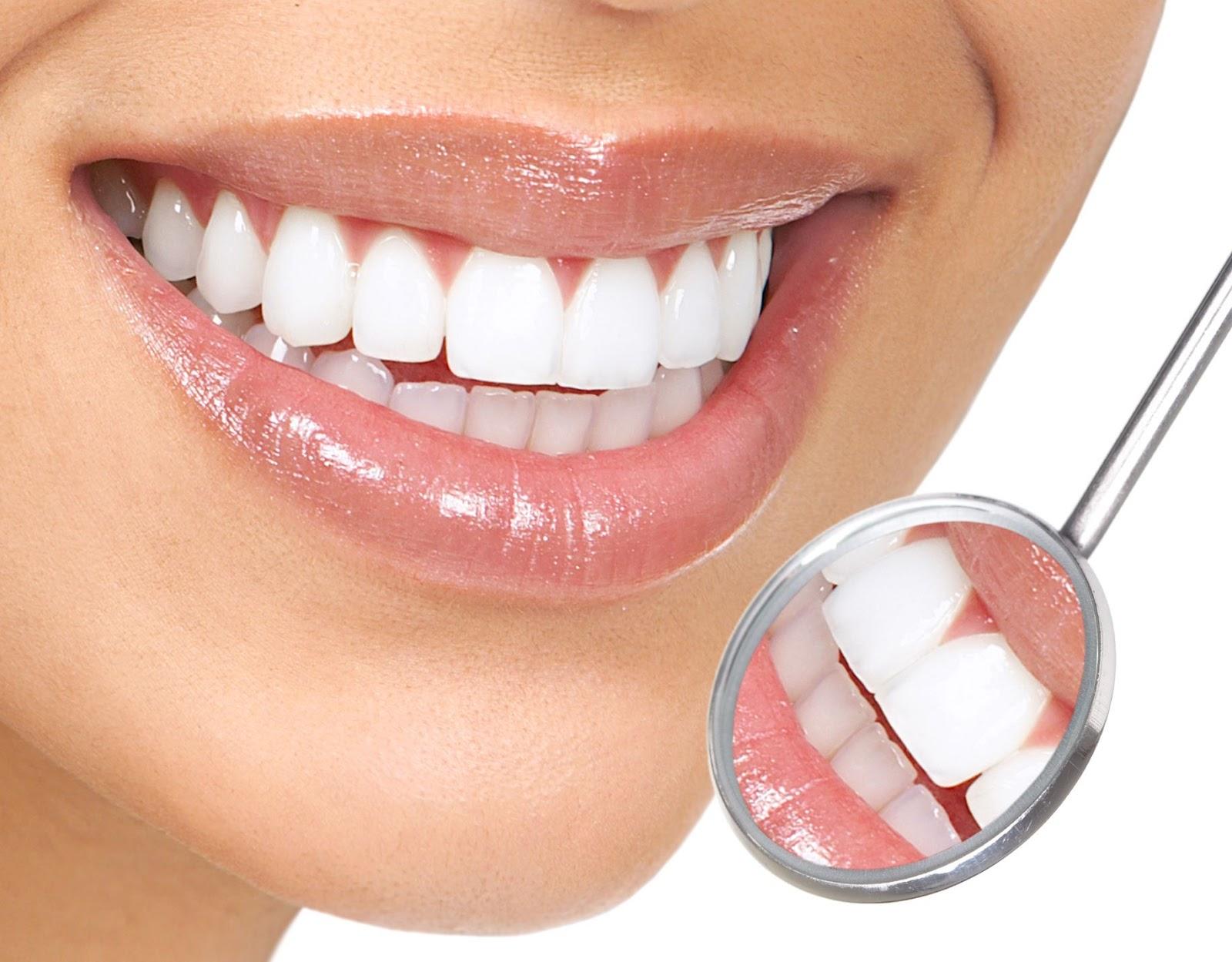 Răng sứ titan phù hợp với khách hàng có nhu cầu thấp